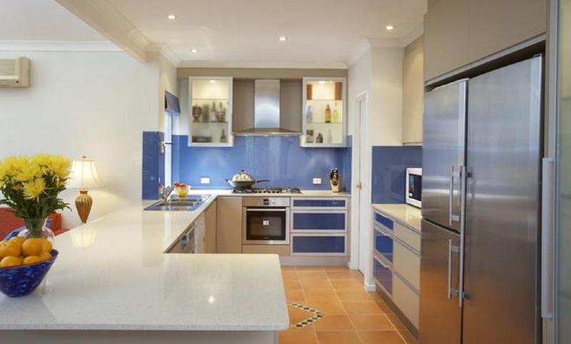 Nhà có 2 bếp có sao không ?