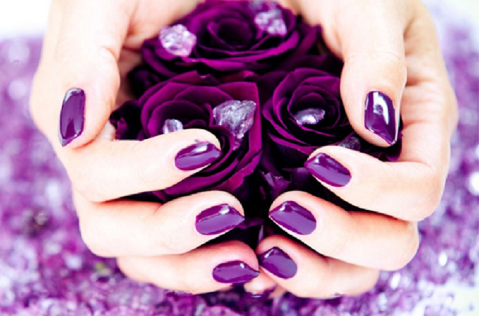 ý nghĩa màu tím trong tình yêu