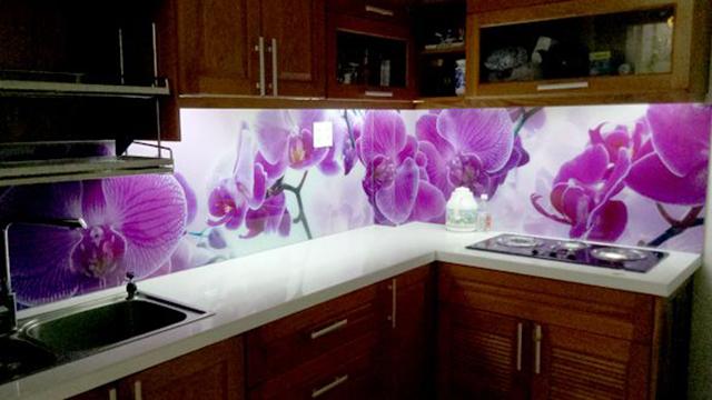 kính ốp bếp 3D tại Tây Hồ